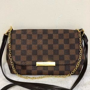 Handbags - Louis Vuitton 8.3 x 5.5 x 1.5 Black